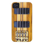 Caso del iPhone de la guitarra baja Case-Mate iPhone 4 Protectores