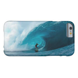 Caso del iPhone que practica surf 6 Funda Barely There iPhone 6