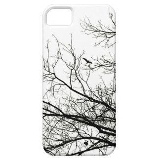 Caso del pájaro de vuelo de la silueta del árbol iPhone 5 funda