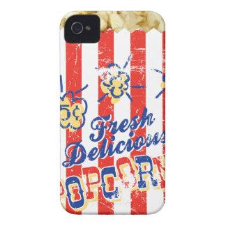Caso delicioso fresco del iPhone de las palomitas Case-Mate iPhone 4 Cárcasas