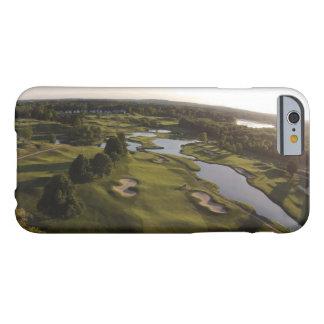 Caso diseñado Ross del iPhone del campo de golf de Funda De iPhone 6 Barely There