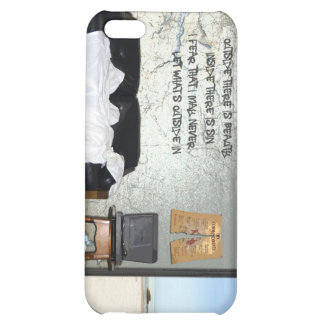 Caso duro de Speck® Fitted™ Shell para el iPhone 4