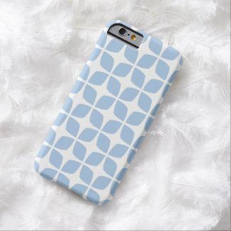 Caso geométrico del iPhone 6 en azul apacible Funda De iPhone 6 Barely There
