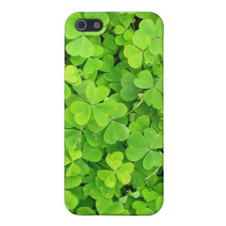 Caso irlandés de los tréboles iPhone 5 carcasa