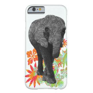Caso lindo del iPhone 6 del elefante del Hippie Funda Barely There iPhone 6