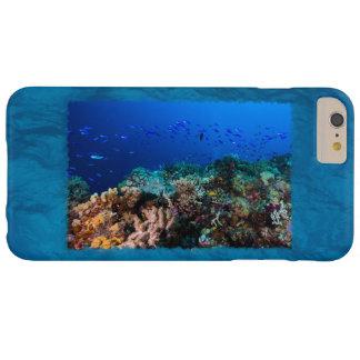 Caso más del iPhone 6 de la gran barrera de coral Funda De iPhone 6 Plus Barely There