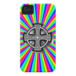 Caso óptico del iPhone 4/4S de la cruz céltica iPhone 4 Case-Mate Cárcasas
