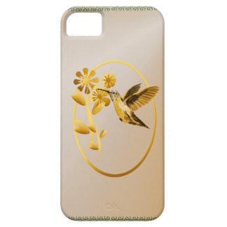 Caso oval del iPhone 5 del colibrí del oro Funda Para iPhone 5 Barely There