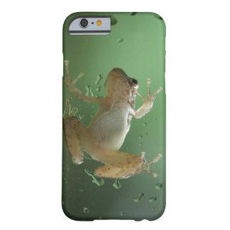 Caso realista estupendo del iPhone 6 de la rana