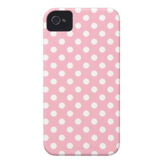 Caso rosado de Iphone 4/4S del lunar de la flor de iPhone 4 Cárcasas