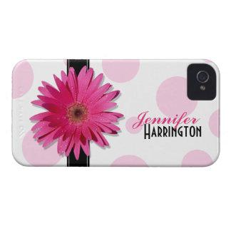 Caso rosado del iPhone 4 del lunar de la margarita