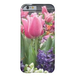 Caso rosado del iPhone 6 del bosque del tulipán Funda De iPhone 6 Barely There