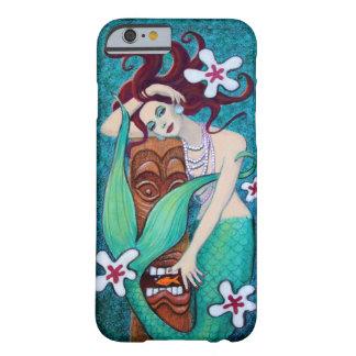 Caso tropical del iPhone 6 de la sirena de Tiki Funda De iPhone 6 Barely There