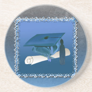 Casquillo con la borla y el diploma, graduación posavasos diseño