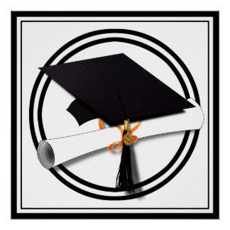 Casquillo de la graduación con el círculo blanco y perfect poster