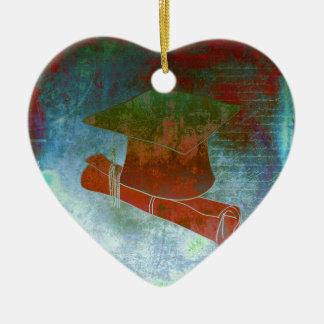 Casquillo de la graduación en el papel del vintage adorno navideño de cerámica en forma de corazón