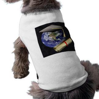 Casquillo de la graduación tierra w diploma - pro camisetas de perro