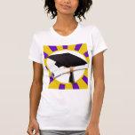 Casquillo de la graduación y diploma (1) púrpuras  camiseta