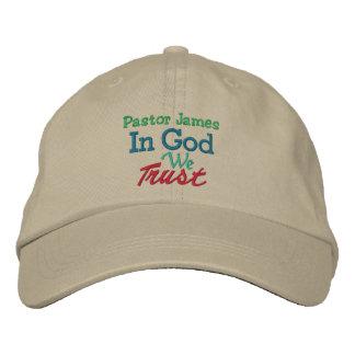 Casquillo del pastor del sacerdote - plantilla por gorras bordadas