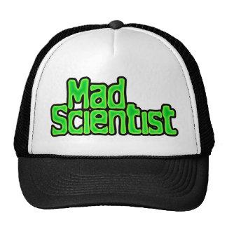 Casquillo enojado del científico gorro de camionero