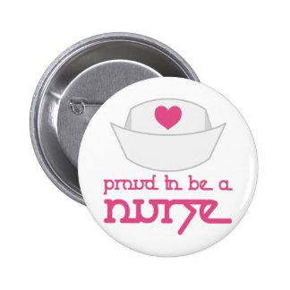 Casquillo lindo de la enfermera orgulloso ser un r pins