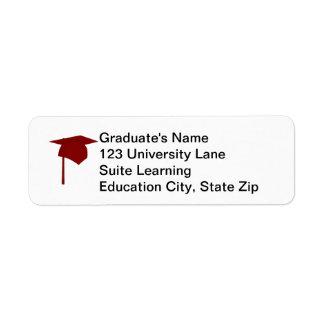 Casquillo rojo de la graduación, etiquetas del etiqueta de remitente