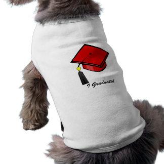 Casquillo rojo de la graduación playera sin mangas para perro