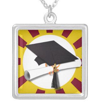 Casquillo w/Diploma de la graduación - oro y rojo Joyería