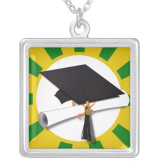 Casquillo w/Diploma de la graduación - oro y verde Grimpola Personalizada