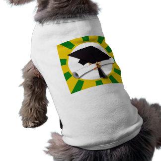 Casquillo w/Diploma de la graduación - oro y verde Ropa De Perros