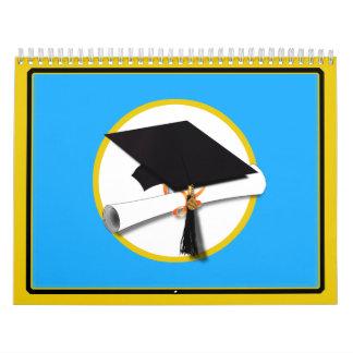 Casquillo w/Diploma - fondo azul de la graduación Calendario