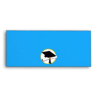 Casquillo w/Diploma - fondo azul de la graduación