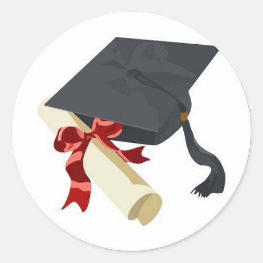 Casquillo y diploma de la graduación pegatina redonda