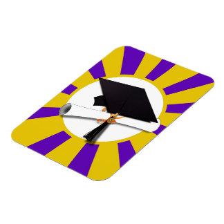 Casquillo y diploma del graduado - púrpura y rectangle magnet