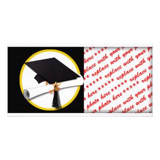 Casquillo y diploma - fondo negro del graduado tarjetas fotográficas personalizadas
