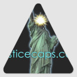 Casquillos de la justicia: Medios de la justicia q Calcomanías Trianguloes Personalizadas
