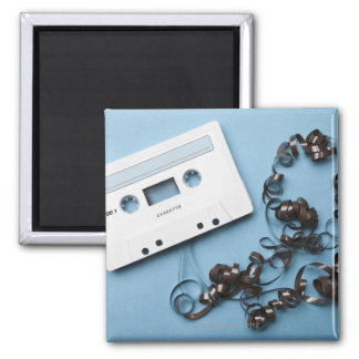 Cassette with Tangled Tape Magnet