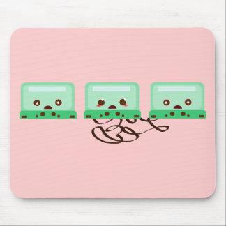 cassettes trouble mouse pad