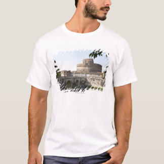 Castel Sant'Angelo is situated near the vatican, T-Shirt