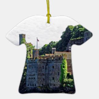 Castillo #2, Devon, Inglaterra de Dartmouth Adorno De Cerámica En Forma De Camiseta