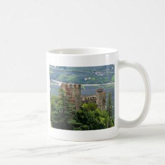 Castillo antiguo en Europa, Merano Taza Básica Blanca