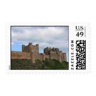 Castillo de Bamburgh, franqueo de Inglaterra