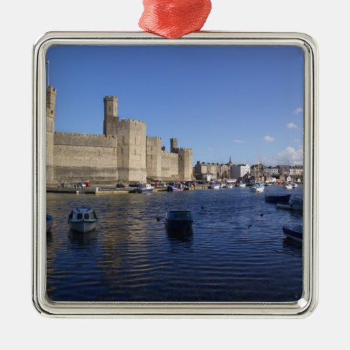 Castillo de Caernarfon, Gwynedd, País de Gales 2 Adorno Cuadrado Plateado