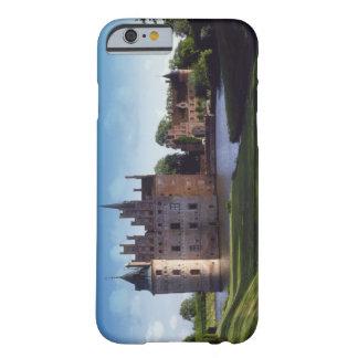 Castillo de Egeskov, Dinamarca Funda Barely There iPhone 6