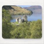 Castillo de Eilean Donan, Escocia. El Eilean famos Alfombrilla De Ratones