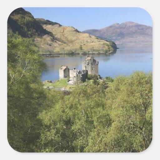 Castillo de Eilean Donan, Escocia. El Eilean Calcomanías Cuadradass Personalizadas