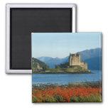 Castillo de Eilean Donan, montañas, Escocia 3 Imán Cuadrado