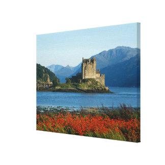 Castillo de Eilean Donan, montañas, Escocia 3 Impresión En Lona Estirada