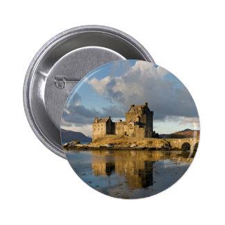 Castillo de Eilean Donan Pin Redondo De 2 Pulgadas