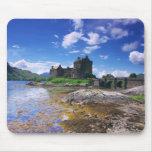 Castillo de Eilen Donan Mousepads